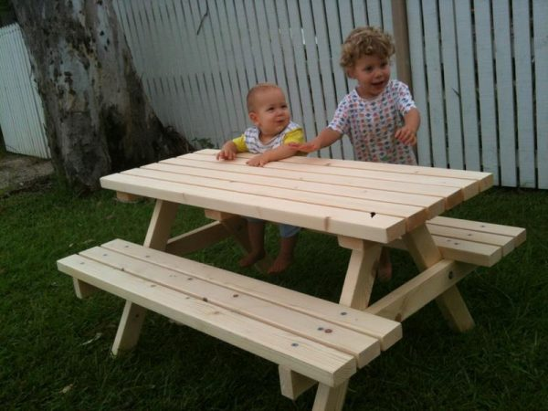 """MINI PLUS"" NATURAL TIMBER PICNIC TABLE"